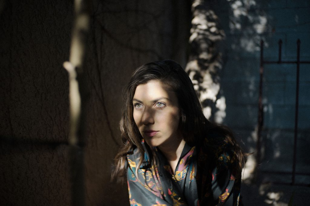 Julia-Holter-Photo-Credit-Tonje-DSC04320-72dpi