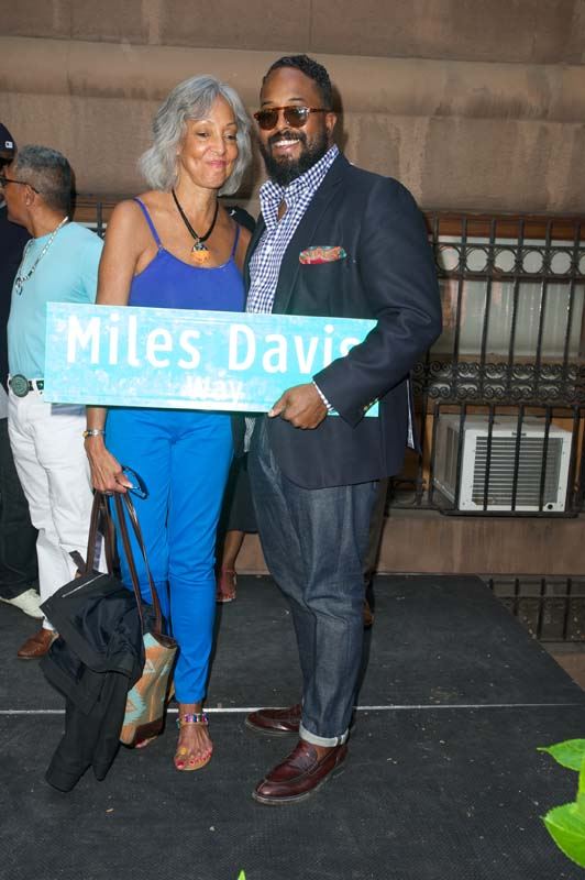 Miles Davis Way Unveiled In New York City (May 26, 2014 – Photo 27)