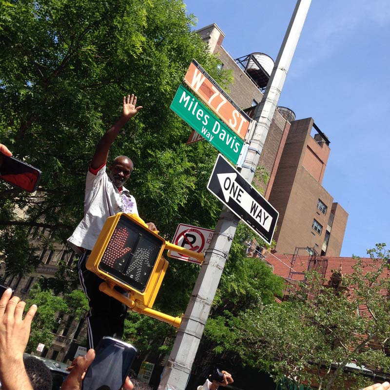 Miles Davis Way Unveiled In New York City (May 26, 2014 – Photo 29)