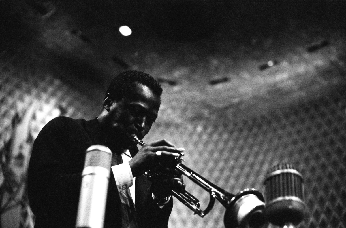 Miles Davis Official Photo 139