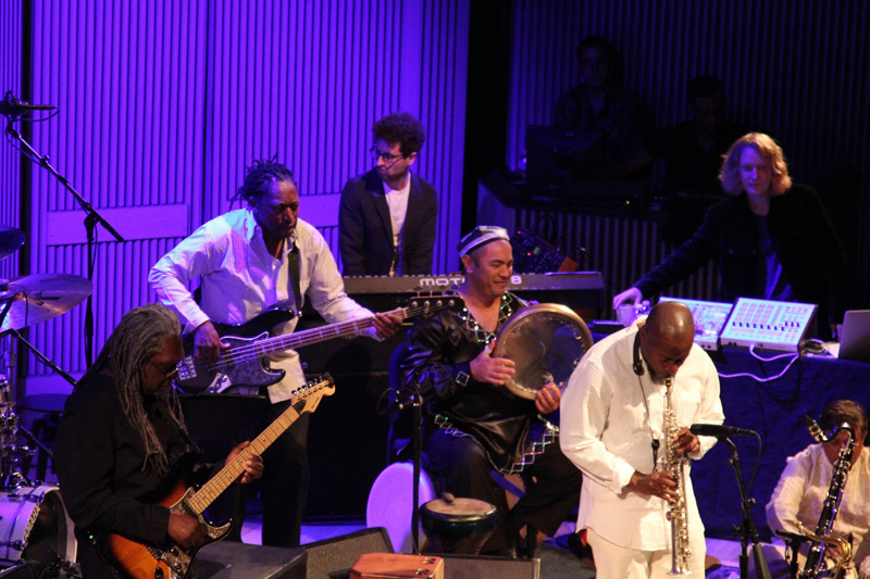 Miles Electric At SF Jazz Festival (Photo 7)