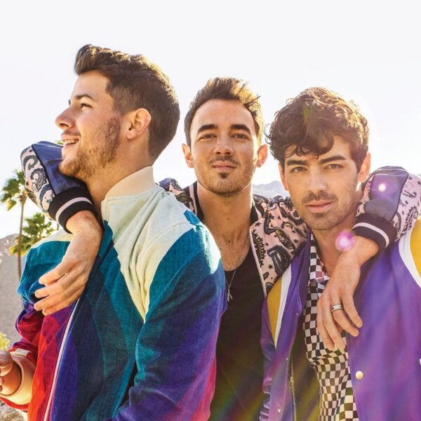 Jonas Brothers Profile