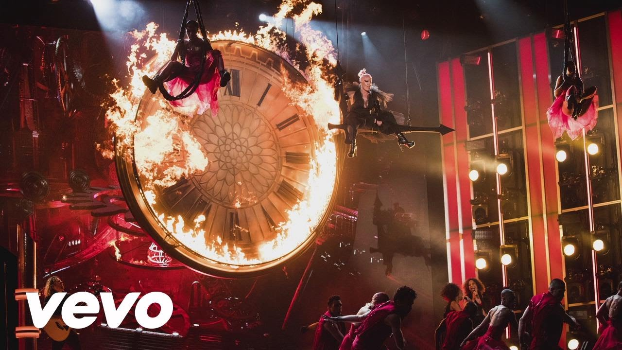 Just Like Fire (2016 Billboard Music Awards Performance)