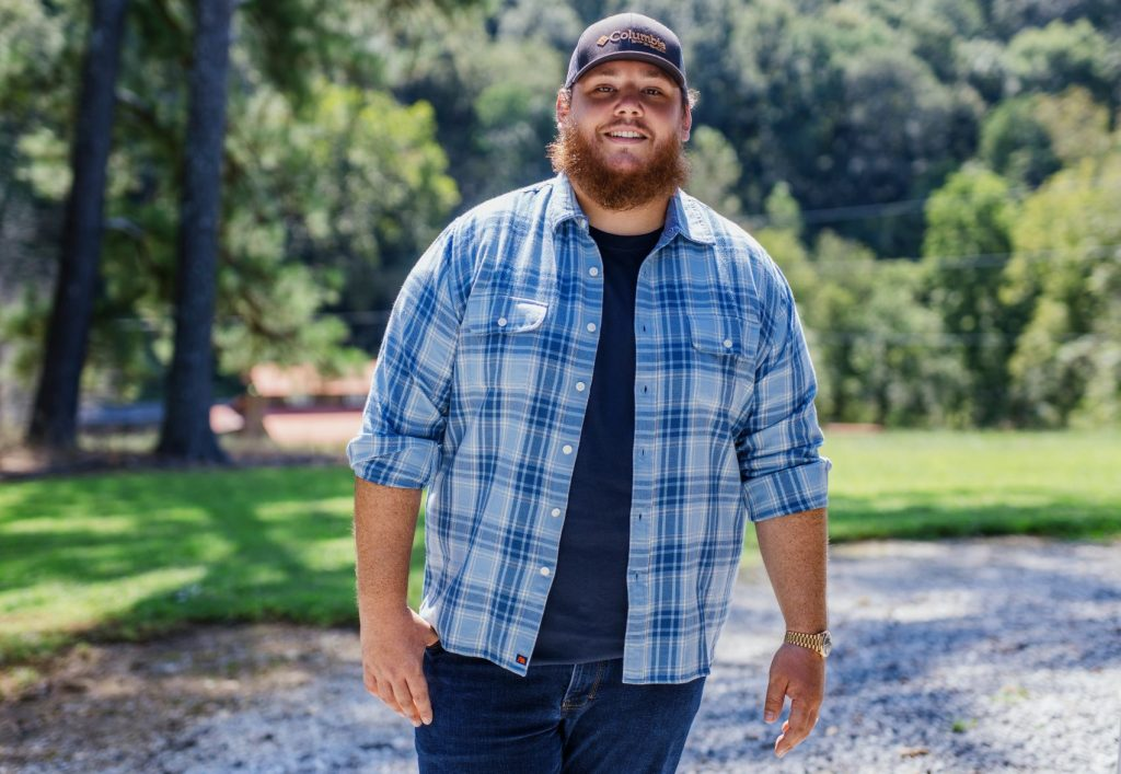 """LUKE COMBS: Commentary on the moment he felt """"he made it"""" and future goals (AUDIO)"""