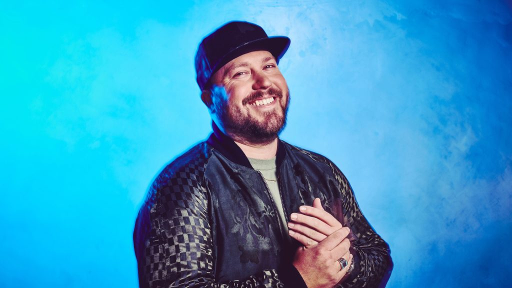 MITCHELL TENPENNY RELEASING MORE NEW MUSIC THIS SUMMER (Audio)
