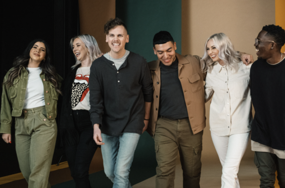 """ELEVATION WORSHIP CAPTURES TWO BILLBOARD MUSIC AWARDS – TOP CHRISTIAN ARTIST AND TOP CHRISTIAN SONG FOR """"GRAVES INTO GARDENS (FEAT. BRANDON LAKE)"""""""