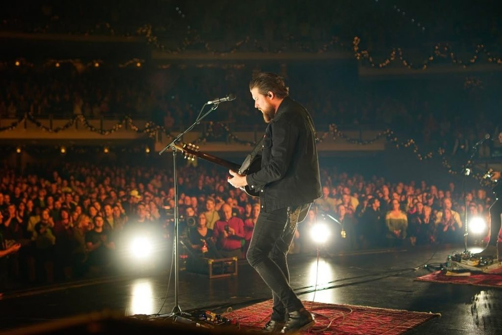 """TWO-TIME GRAMMY® AWARD-WINNING ARTIST ZACH WILLIAMS READIES FOR FALL RUN OF """"THE RESCUE STORY TOUR"""""""