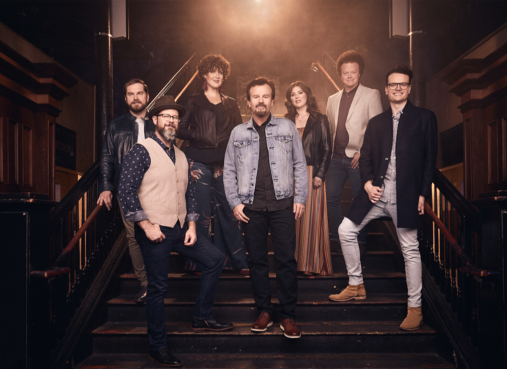 "CASTING CROWNS AND KB RELEASE NEW VERSION OF ""START RIGHT HERE"" (HGA VER.) AVAILABLE NOW"