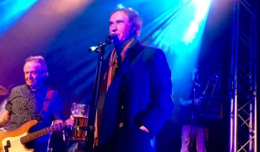 Ray Davies at Boston Arms 2017 with Kast Off Kinks
