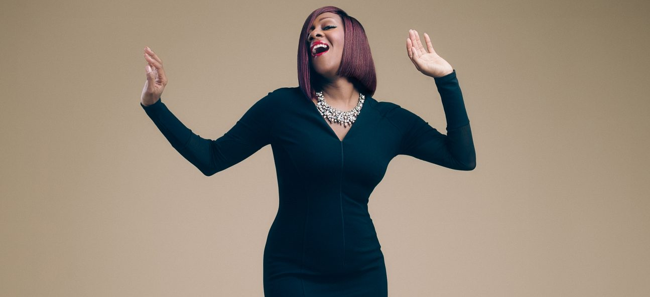 Le'Andria Johnson- Bigger Than Me- New Single
