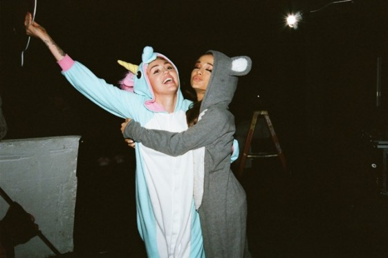 Happy Hippie Backyard Sessions: Miley Cyrus U0026 Ariana Grande