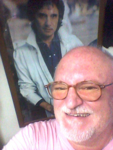 João Luís Mendonça – Este Poster do Rei Roberto Carlos, está numa moldura na parede do meu estúdio. - Este Poster do Rei Roberto Carlos, está numa moldura na parede do meu estúdio.