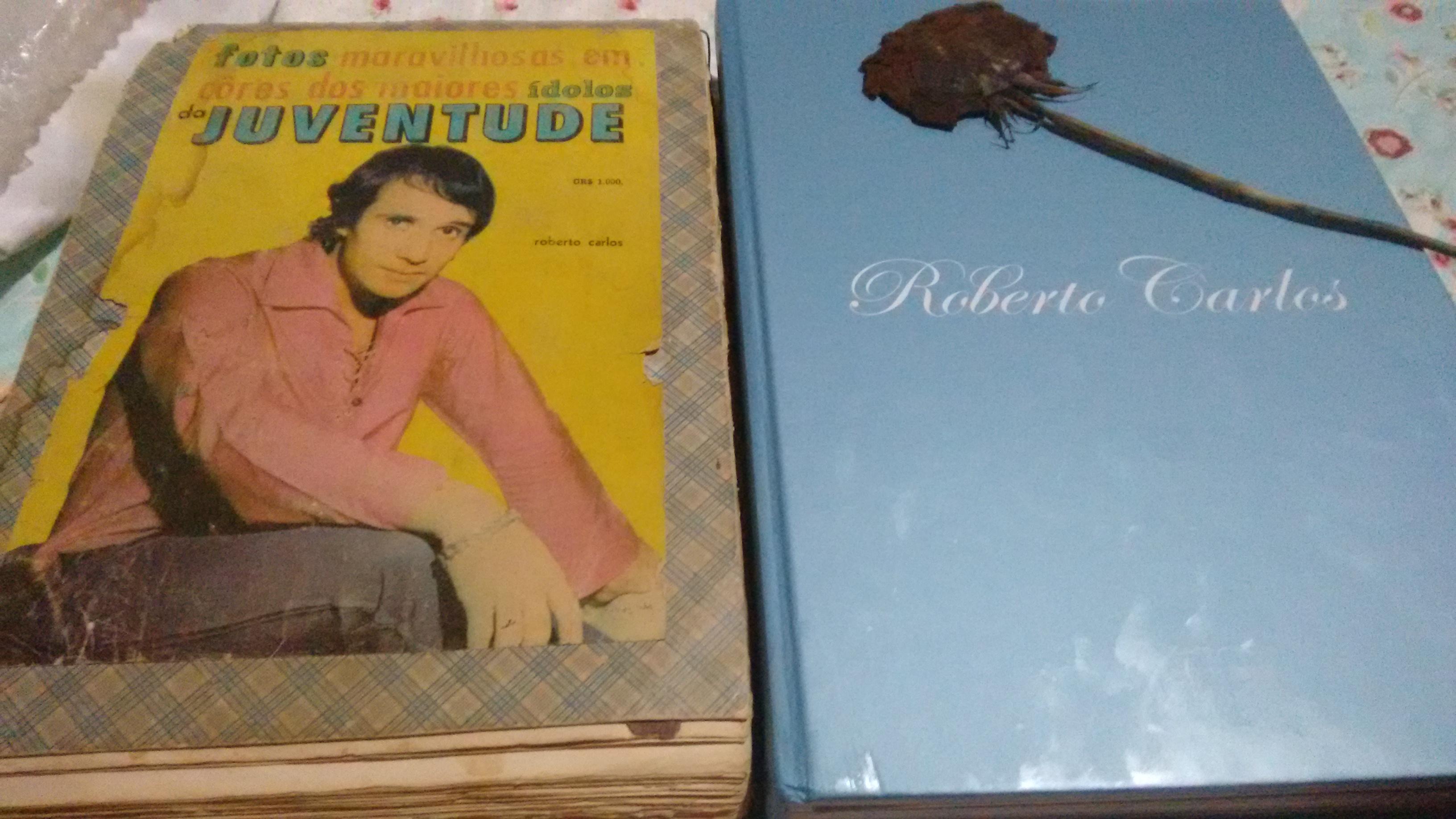 Ângela Marvila Severonico - Álbum anos 70 de caderno de desenho e seu álbum que comprei ano passado no Metropolitan Rio com a rosa que você me entregou com carinho .