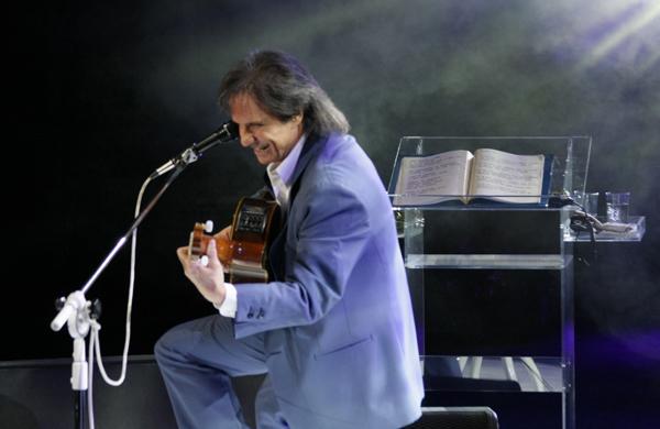 ©2011 Caio Girardi