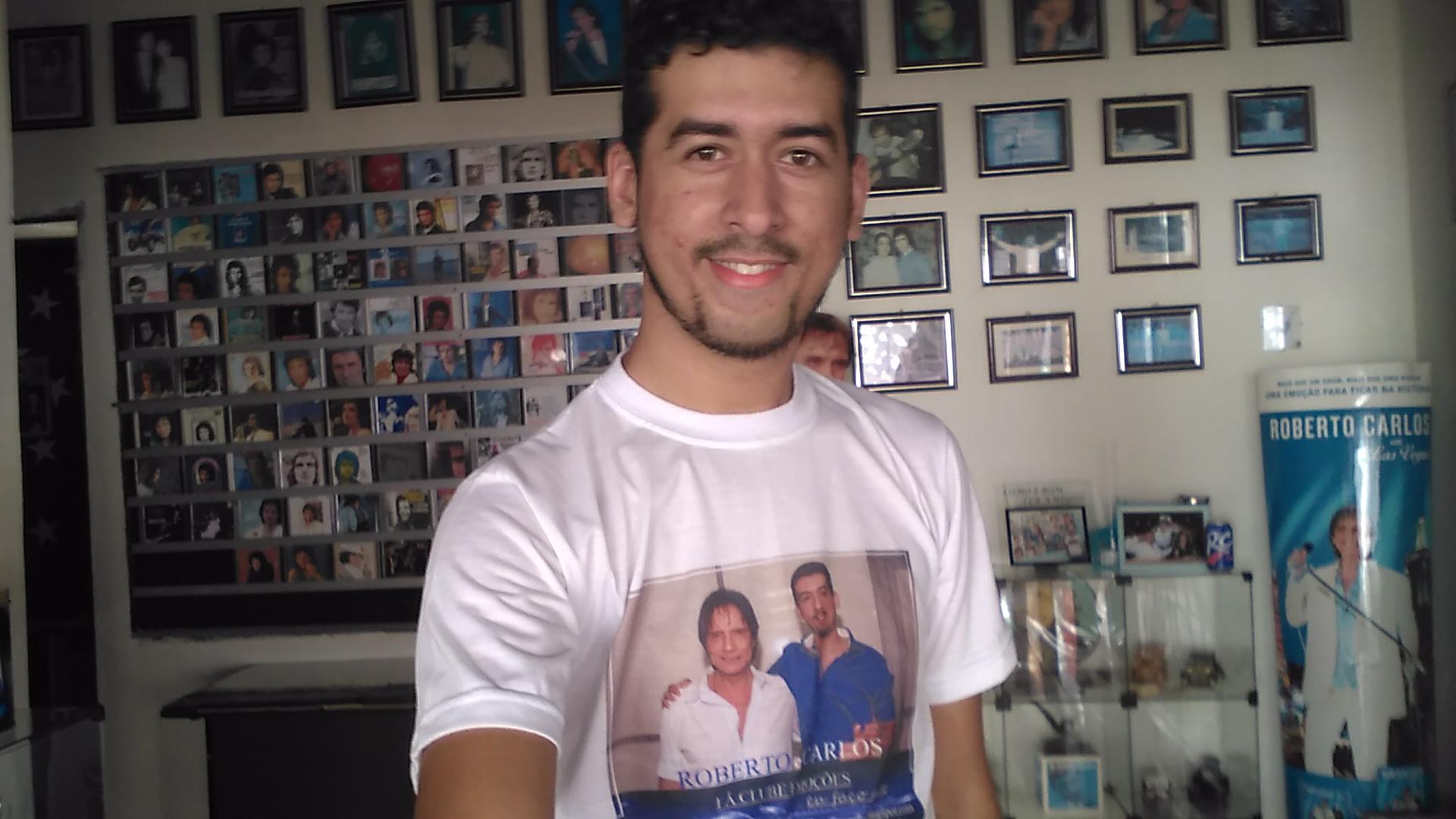 Carlos - Grande emoção em um só canto a do rei Roberto Carlos