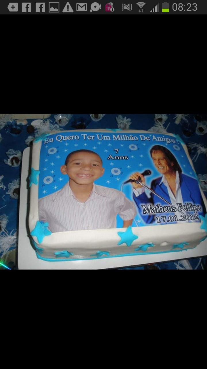 Janaina Bidão - Meu filho é tão fã que fez seu aniversário com tema do Rei. Fã até hoje.