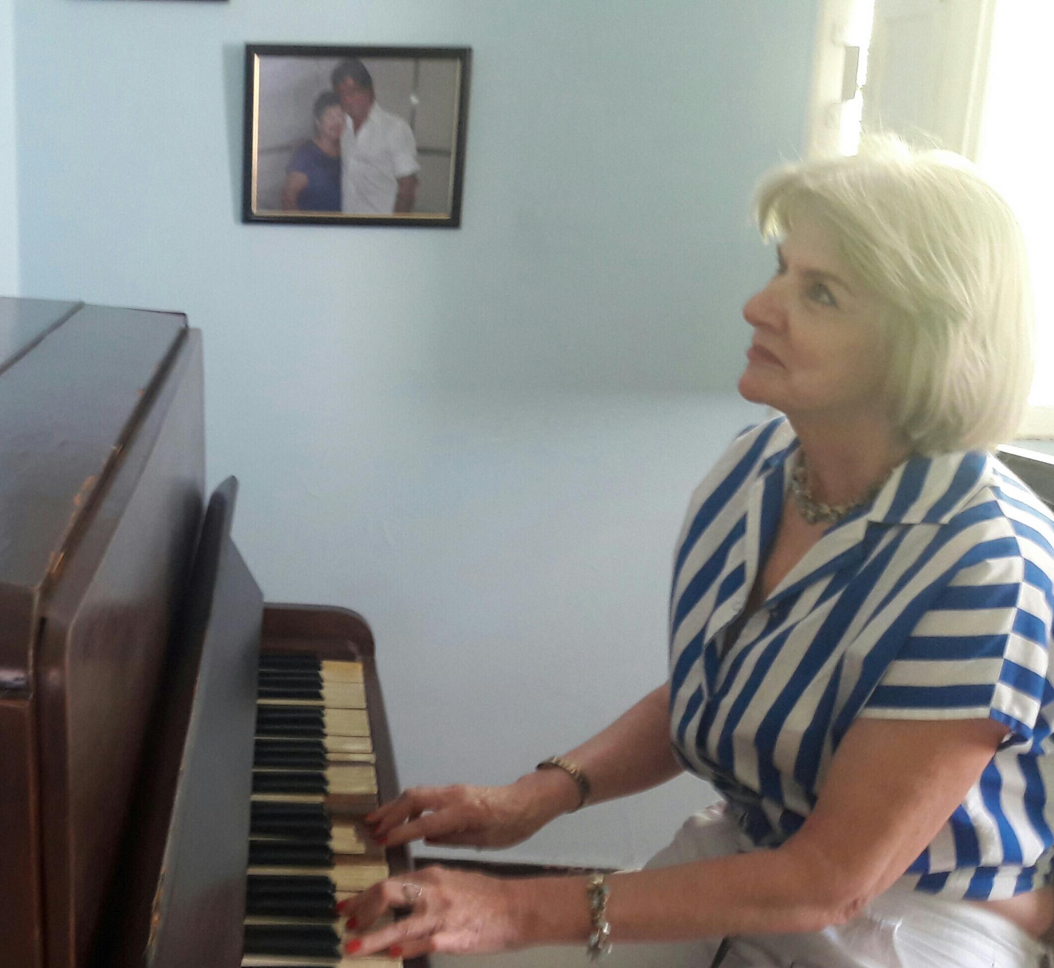 Maria de Fátima Tavares - Fã orgulho de gostar paz do seu sorriso