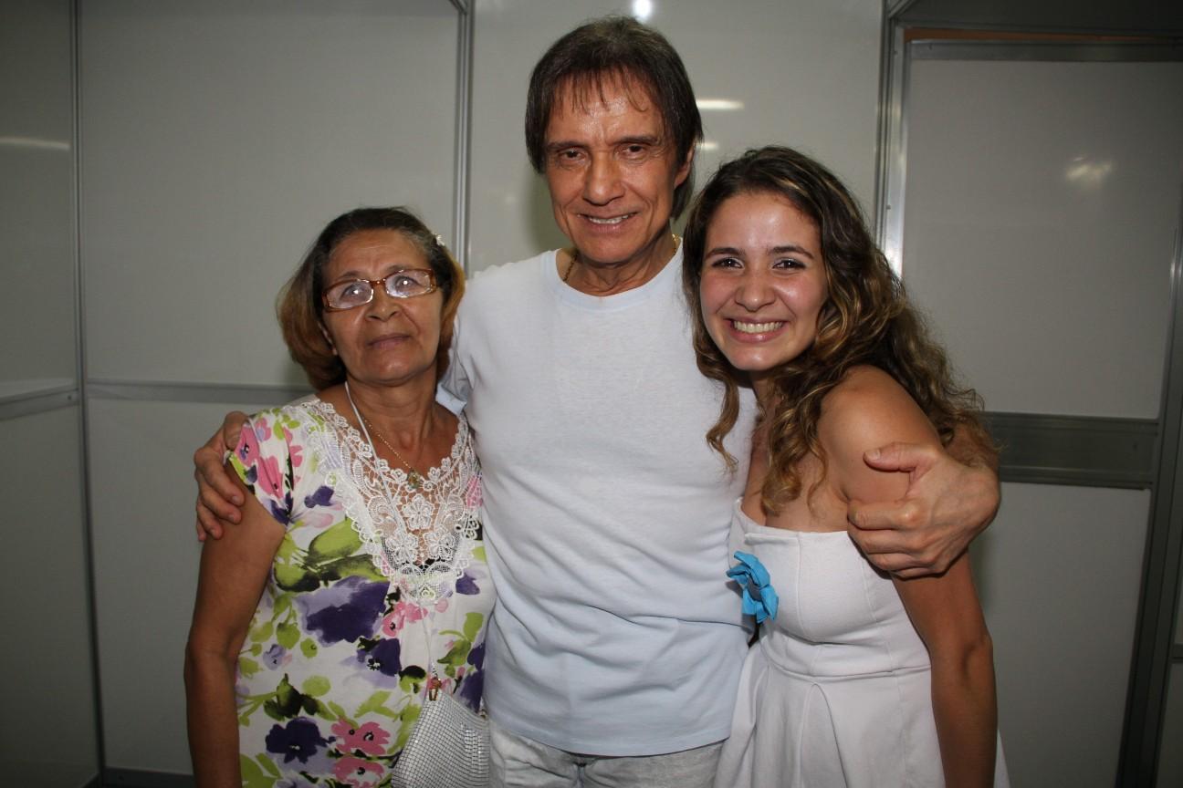 Ester dos Santos Barbosa e Renata Vilaça