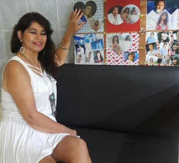 Renilda Alves - Sou fã incondicional do Rei Roberto Carlos.