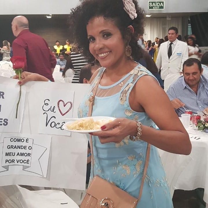 Joilma Alves Castro Ludwig - O Rei em Belem! Ganhei bolo e rosa.Pertinho dele!