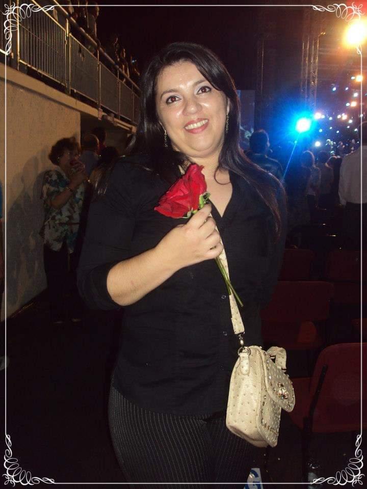 Viviane Rodrigues Costa - 4/4/2013 Sem palavras para expressar minha emoção