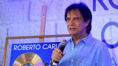 Roberto-Carlos-homenajeado-Madrid-trayectoria_EDIIMA20190520_0864_4
