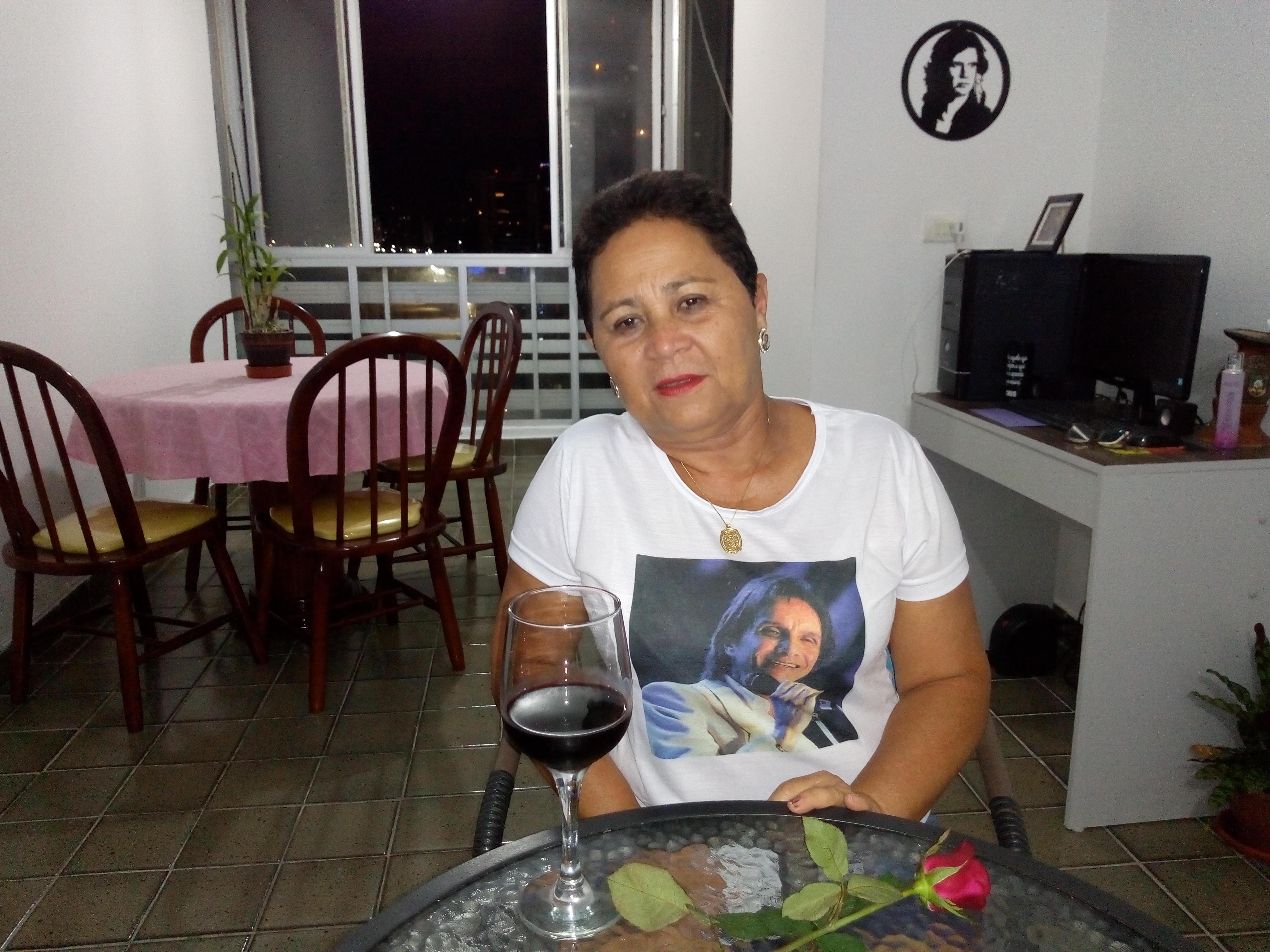 Maria Jacinta Não Silva - Curtindo as canções em meu cantinho
