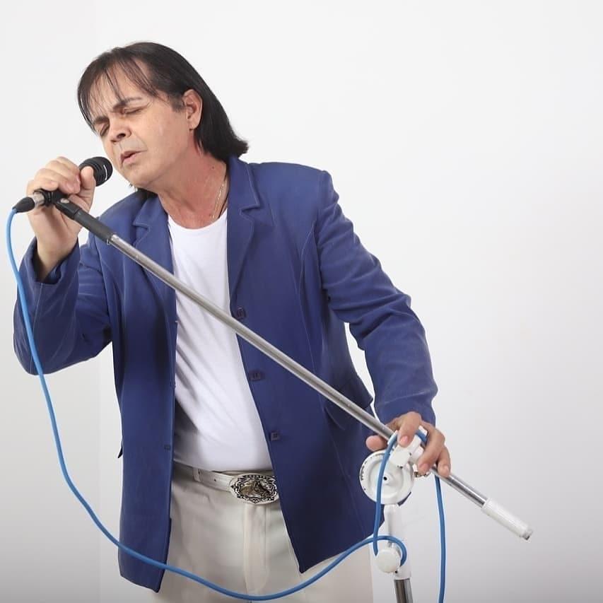 Wilmar Cardoso Brandão - Fã,  incondicional.  Só canto as músicas do rei
