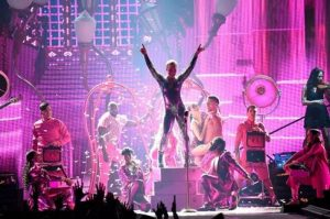 "P!NK RELEASES MUSIC VIDEO FOR ""WHATEVER YOU WANT"""