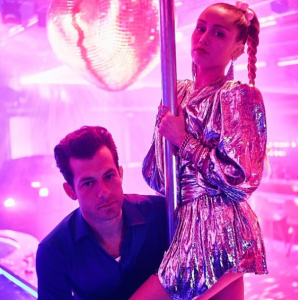 Miley Cyrus and Mark Ronson Nothing Breaks Like a Heart video premiere