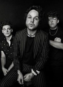 LOVELYTHEBAND ANNOUNCES HEADLINING SPRING 'FINDING IT HARD TO SMILE' TOUR STARTING MARCH