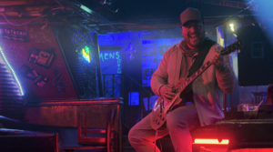 """MITCHELL TENPENNY RELEASES MULTI-LAYERED, VISUALLY COMPELLING MUSIC VIDEO FOR HIS LATEST SINGLE """"ALCOHOL YOU LATER"""""""