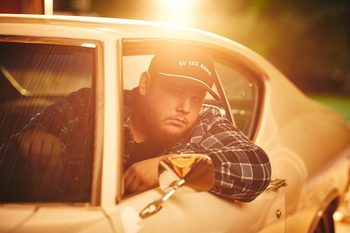 LUKE COMBS' NEW EP THE PREQUEL OUT TODAY