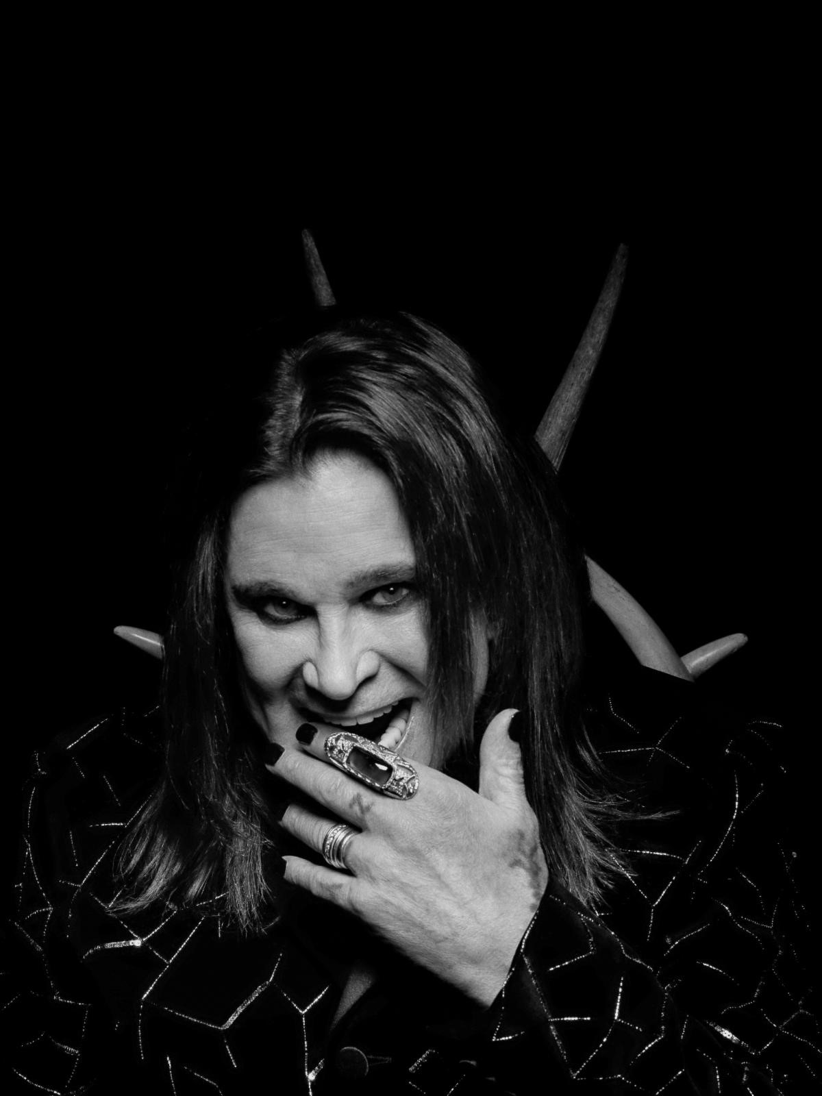 "OZZY OSBOURNE  HITS #1 ON BDS MAINSTREAM ROCK CHART WITH ""UNDER THE GRAVEYARD"""