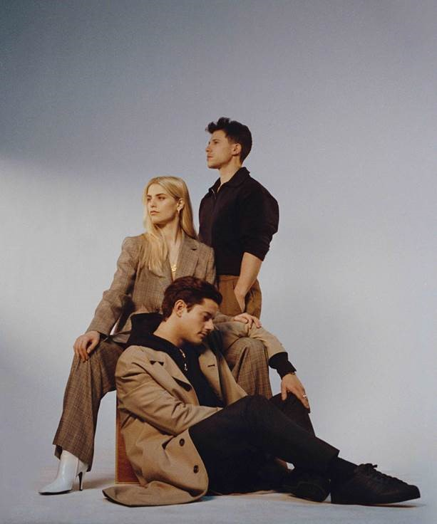 LONDON GRAMMAR RETURN WITH BRAND NEW SINGLE BABY IT'S YOU OUT TODAY ON MINISTRY OF SOUND