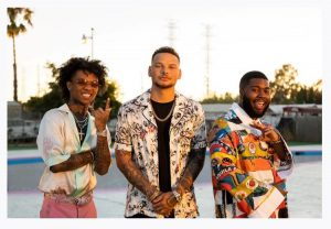 """Kane Brown, Swae Lee & Khalid Release Retro-Style Video For """"Be Like That"""""""