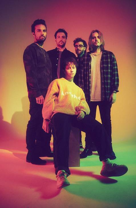 Nothing But Thieves group photo