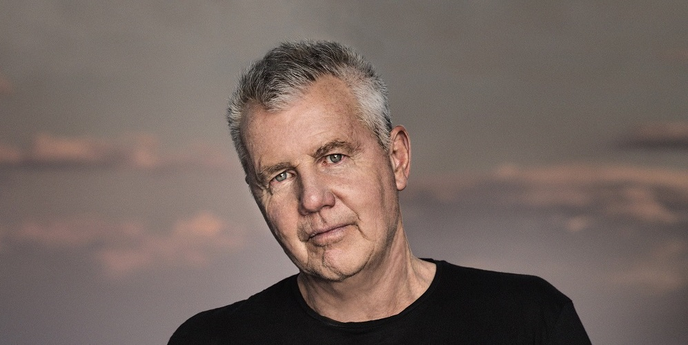 Daryl Braithwaite's Greatest Hits Album 'Days Go By' Debuts at #1 on ARIA Australian Artists Album Chart!