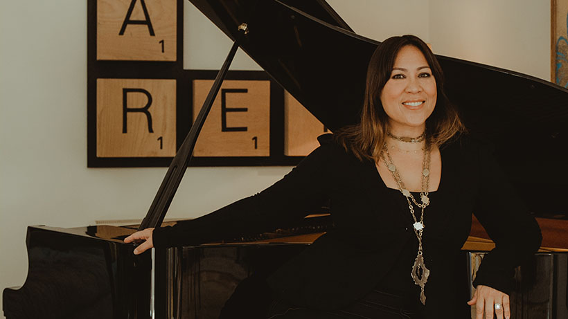 Kate Ceberano announces new music as she signs with Sony Music Entertainment Australia