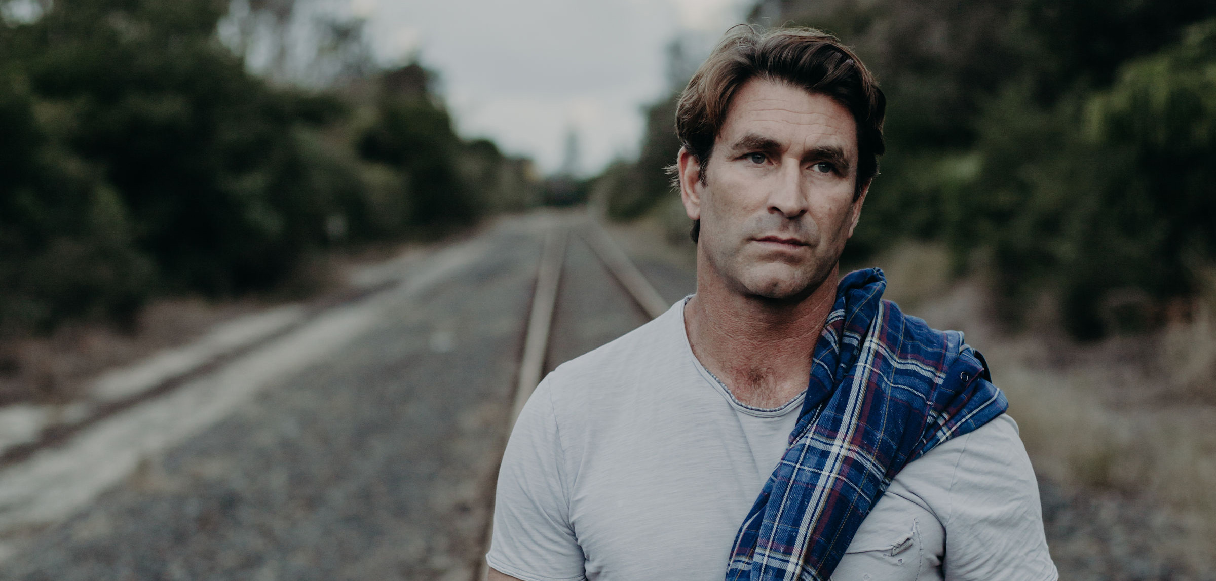 Pete Murray announces new EP 'The Night' set for release March 26