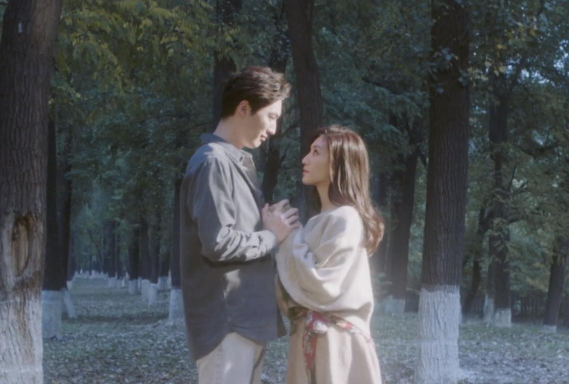 黄绮珊 《最爱》 MV