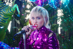Miley Cyrus 《Midnight Sky》 MV