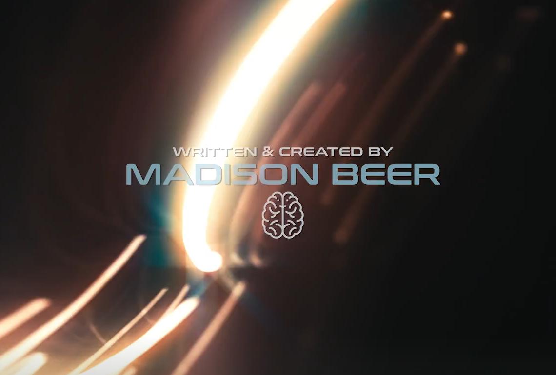 Madison Beer 《Good In Goodbye》 MV