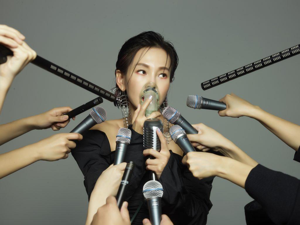 金曲歌后彭佳慧 睽违三年 新专辑首发单曲〈太难唱了〉 4/9 新歌+MV 全球数位上架