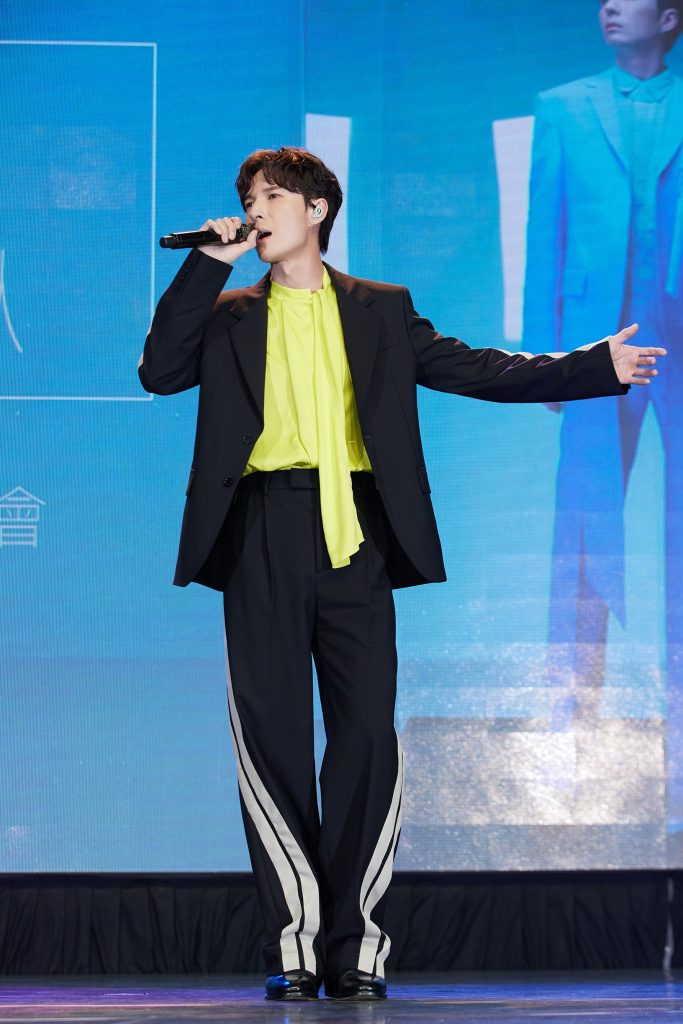 忍痛系情歌王陈势安睽违两年半发行专辑《唯一想了解的人》荣登数位 实体 电台排行三冠王