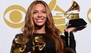 BEYONCÉ hace historia al convertirse en la artista con mayor cantidad de premios GRAMMY®