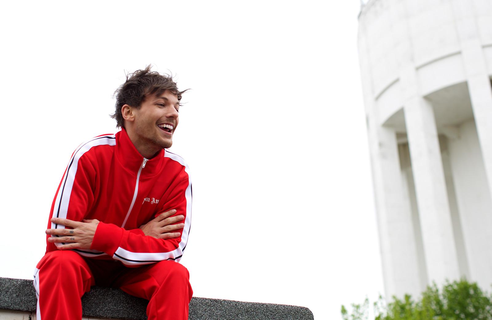 Louis Tomlinson News: Louis Tomlinson Announces New Single 'Back To You'
