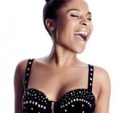 Nabiha slipper single og sætter albumdato