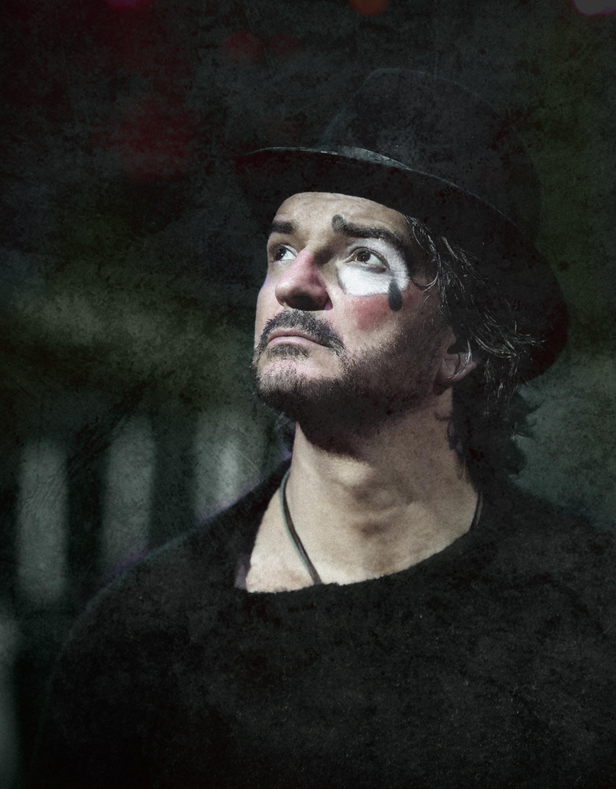 """Ricardo Arjona presenta """"Ella"""", primer single de su nuevo álbum, y anuncia nueva gira."""