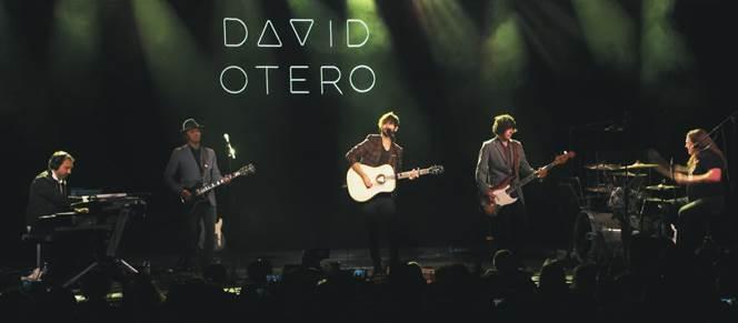 """David Otero lanza el vídeo de """"12 horas"""", grabado en directo en su concierto de La Riviera de Madrid"""